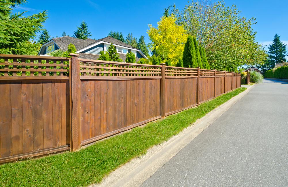 Une clôture esthétique pour son extérieur - Entretien Jardin Nord